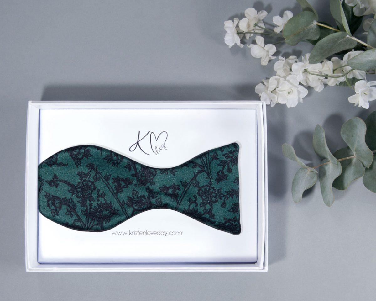 Signature Aqua Self Tie Bow Tie inside it's box